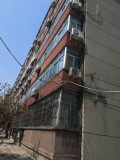 邢台桥西区金华学区市地税局家属院黄金四层三居室低价出售